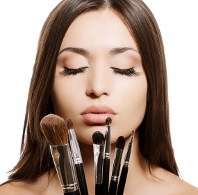 Do You Want To Learn How To Do Your Own Makeup?